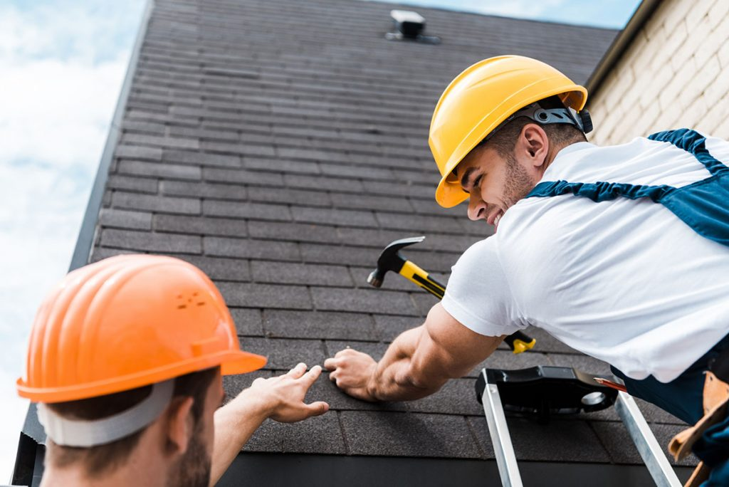 Do I Need a Roofer 1024x684 - How Do You Recognize A Serious Roofing Company
