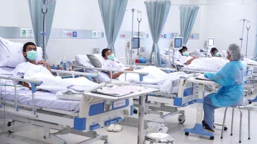 thailand cave hospital left gty ps 180711 hpMain 16x9 992 - Golongan Tenaga Perubatan