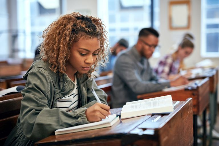 GettyImages 8715697921 5ad2b47b18ba0100376627ce - How To Improve Your Grades In College